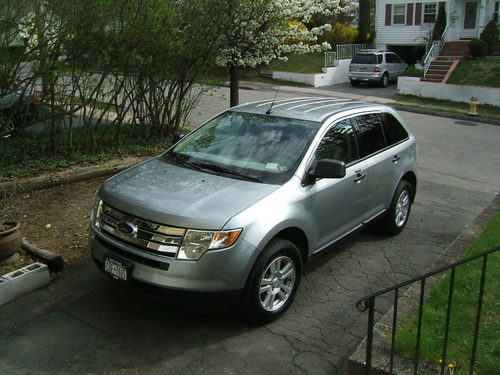 Ford_edge_and_joe_42607_001